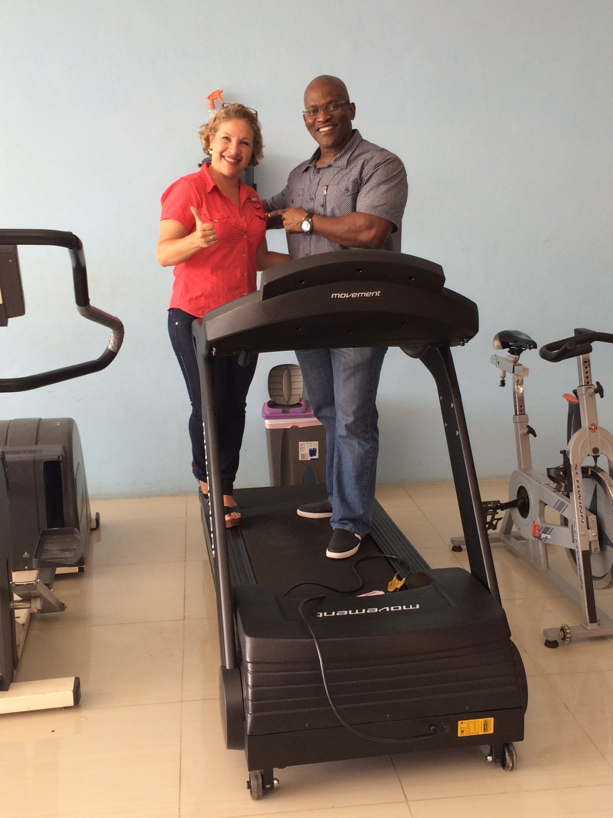Sherryl Leal (TECNOSPORTS) and Yunard Nay Philips (LIFELINE FITNESS Curacao). Fitness Equipment supplier TECNOSPORTS