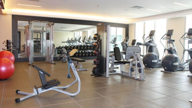 Servicio de Mantenimiento Preventivo para los Equipos de Fuerza, Cardio y para entrenamiento funcional en el Fitness Center del Hilton Lima Miraflores de Perú equipado con PRECOR. Distribuidor TECNOSPORTS